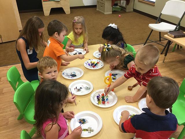 kids craft and arts
