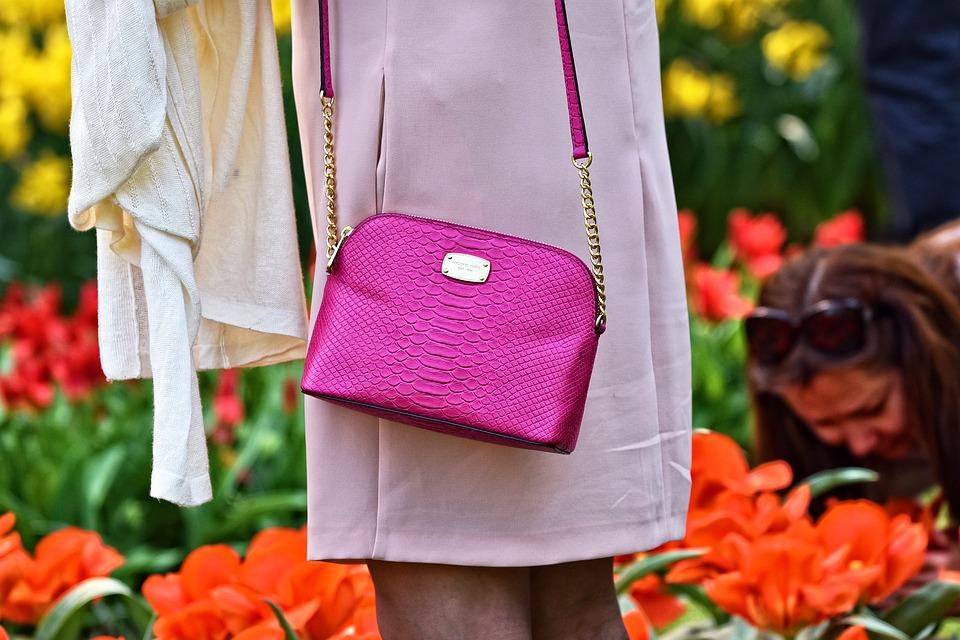 handbag-3356419_960_720
